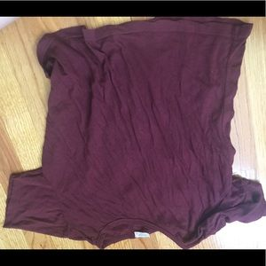 Brandy Melville cropped maroon top